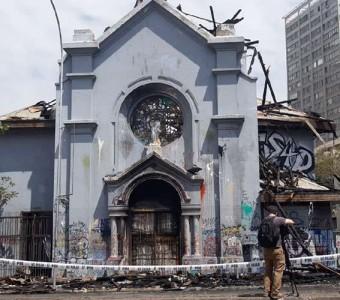 Sacerdote de igreja atacada questiona: Qual Chile queremos construir?