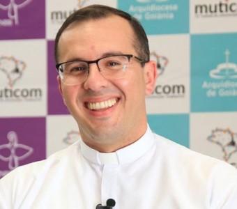Regional Leste 2 Divulga nota de pesar pelo falecimento do Padre Andrey Nicioli
